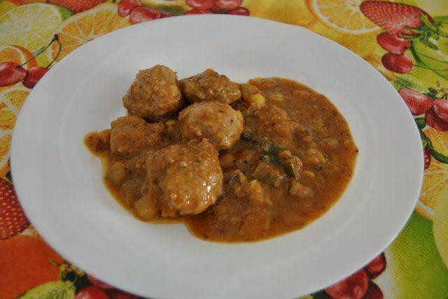 Albóndigas con salsa de verduras