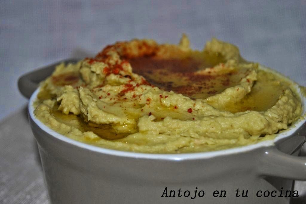 Hummus con aguacate