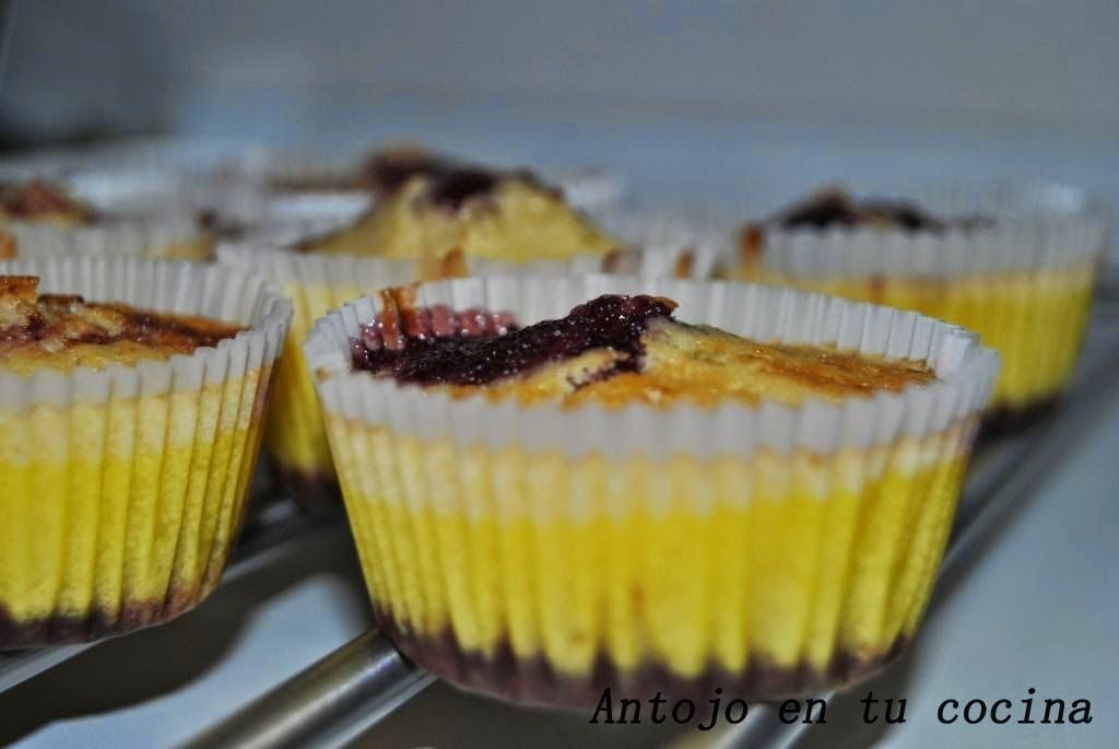 Jugosas mini-tartitas de limón y moras