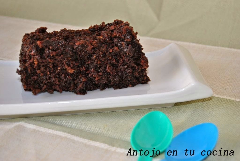 Plum cake de calabacín y doble chocolate