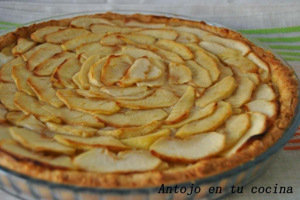 Tarta de manzana con crema pastelera