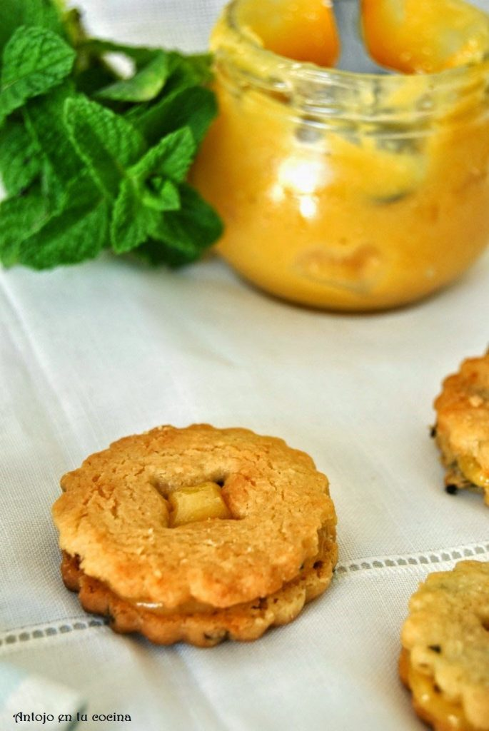 Spearmint and lemon cookies