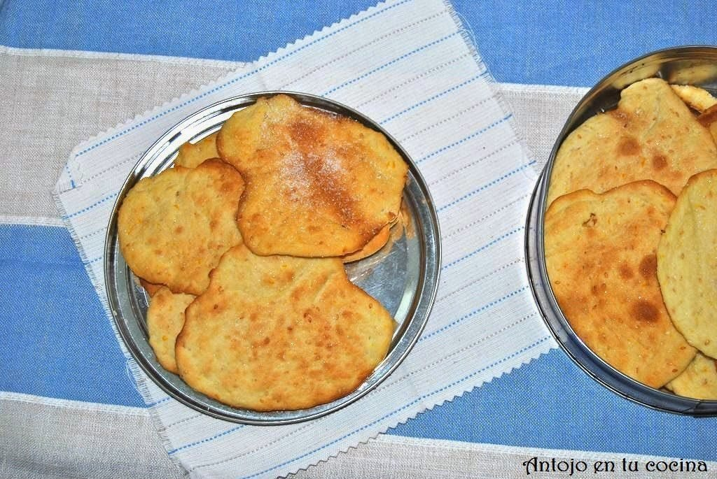 Tortas de aceite y ajonjolí {receta con hierbas dulces}