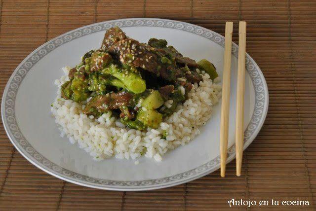 Ternera con brócoli y arroz