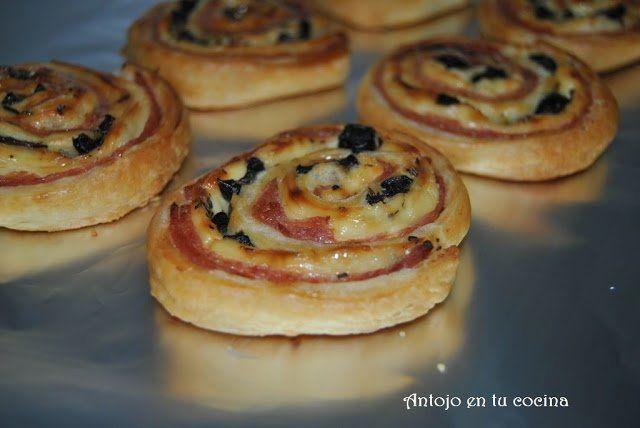 espirales de jamón, queso y aceitunas