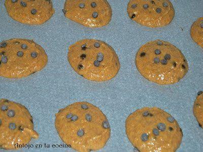 damos forma a las galletas con una cuchara sacabolas para helado