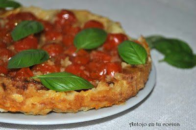 tarta tatín de tomates cherry y albahaca