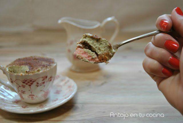 Tiramisú de rosas y té matcha