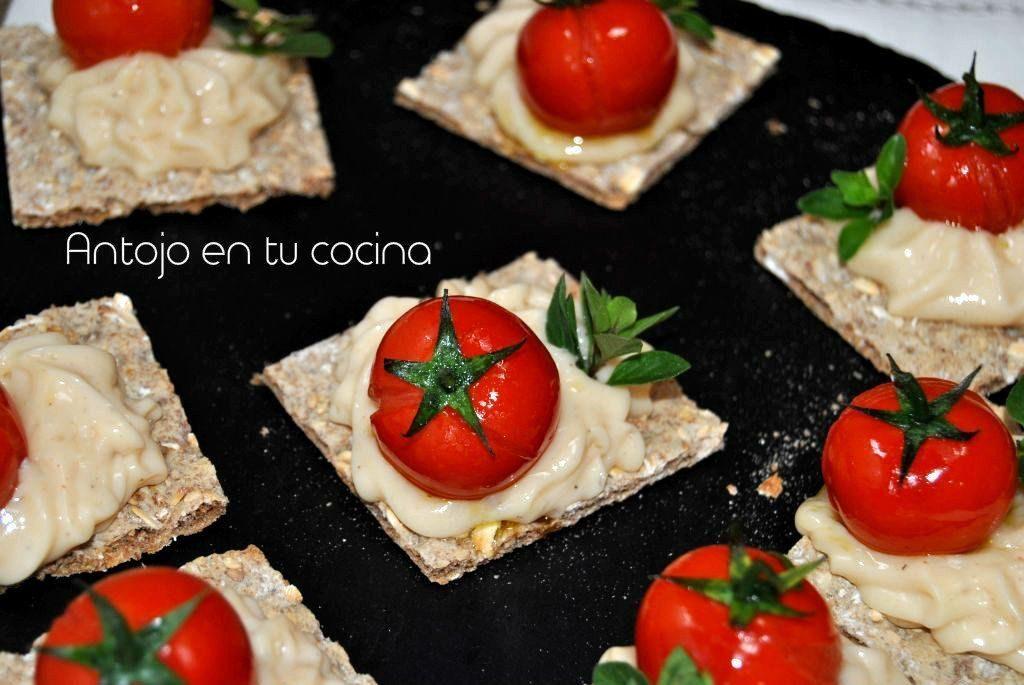 Canap de queso de cabra con tomate cherry asado antojo for Canape queso de cabra