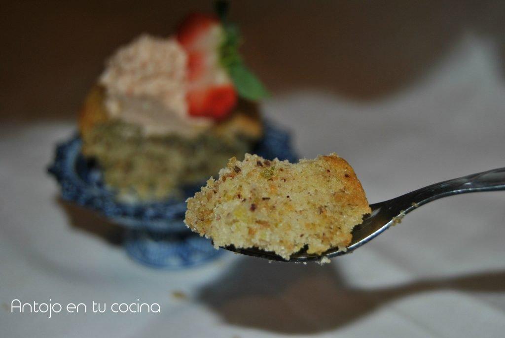 cupcake fresa y pistacho
