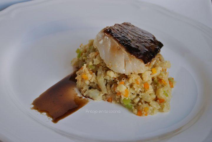 Bacalao glaseado con vinagre de jerez sobre cuscus vegetal