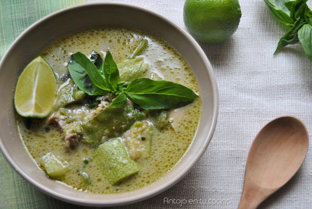 curry verde de pollo y calabacin