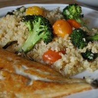 ensalada bulgur y brocoli con dorada
