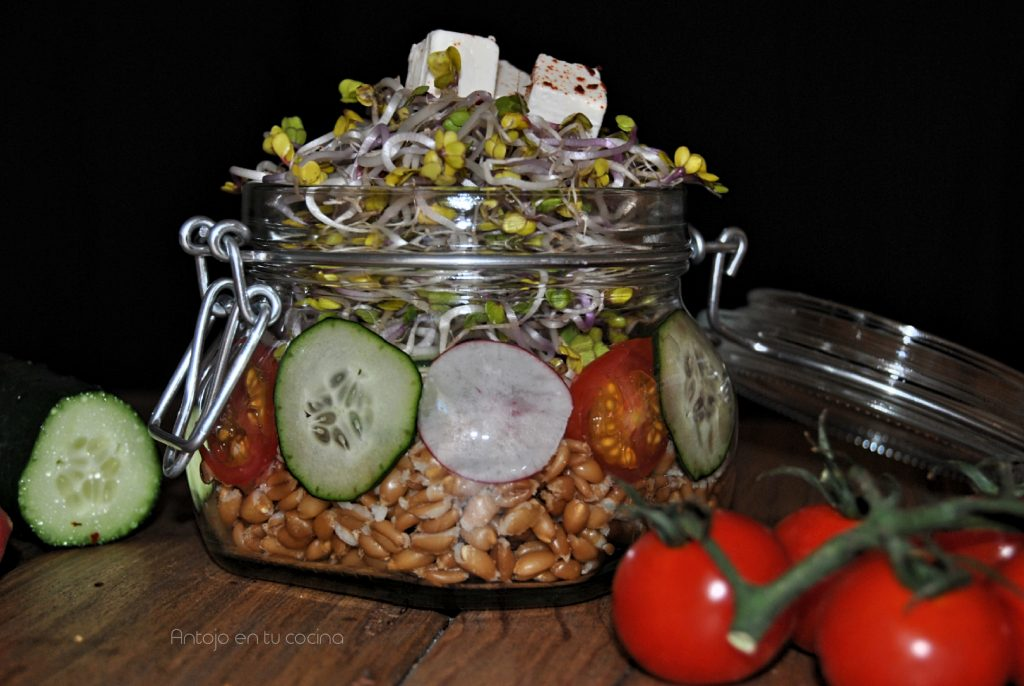 Ensalada de espelta en tarro
