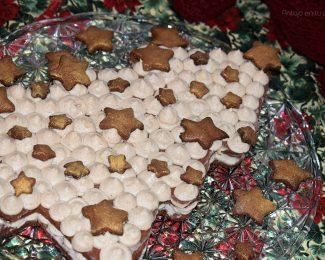 Tarta galleta de jengibre con miel rellena de crema de queso y chocolate blanco – Navidad