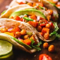 tacos veganos de garbanzos