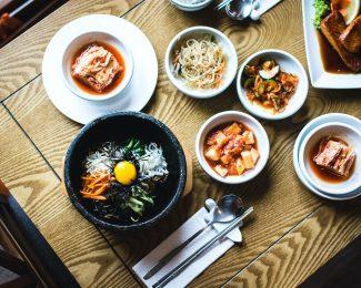 ¿Aún no has probado la comida coreana?