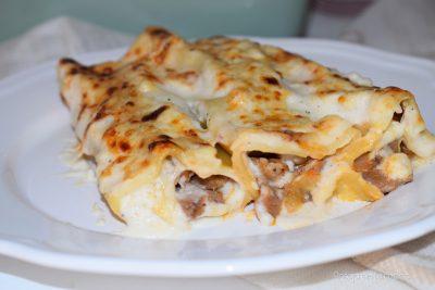 Canelones de confit de pato con salsa bechamel, receta para sorprender