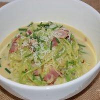 Espaguetis de calabacín a la carbonara