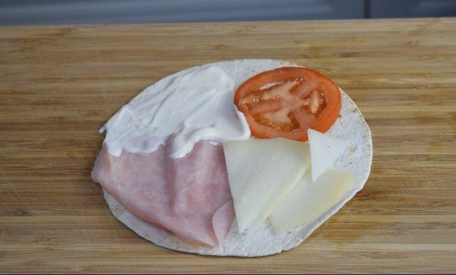Quesadilla con jamón o wrap de sándwich mixto