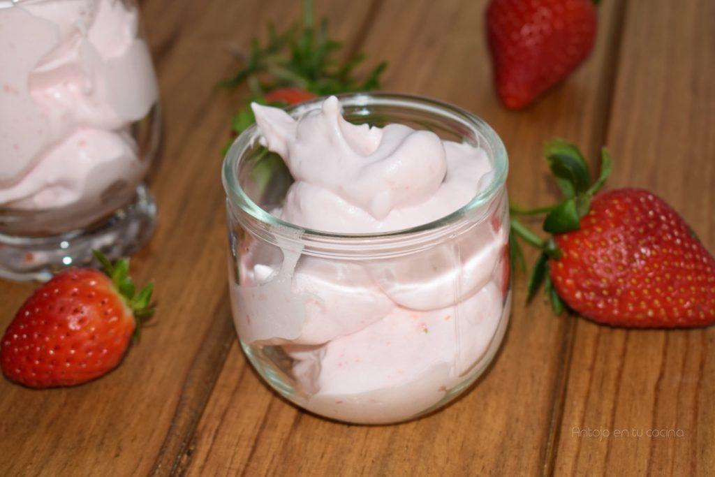 espuma de fresas fácil