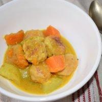 Albóndigas de pollo y pavo al curry