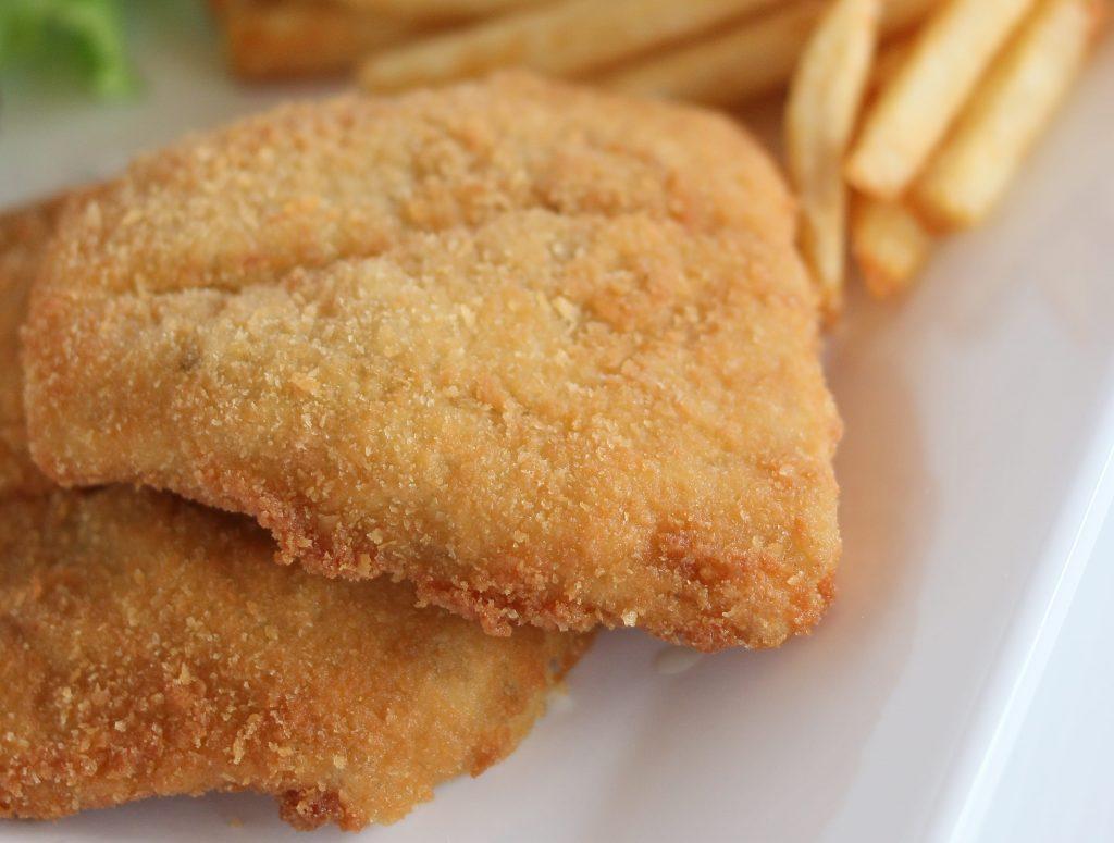 pescado frito crujiente en freidora de aire