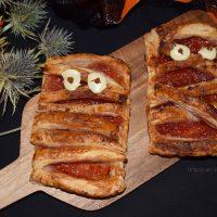 Tartaletas o momias de hojaldre y mermelada para Halloween